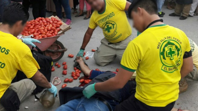 Acribillan a balazos un vendedor ambulante en el Centro de San Salvador