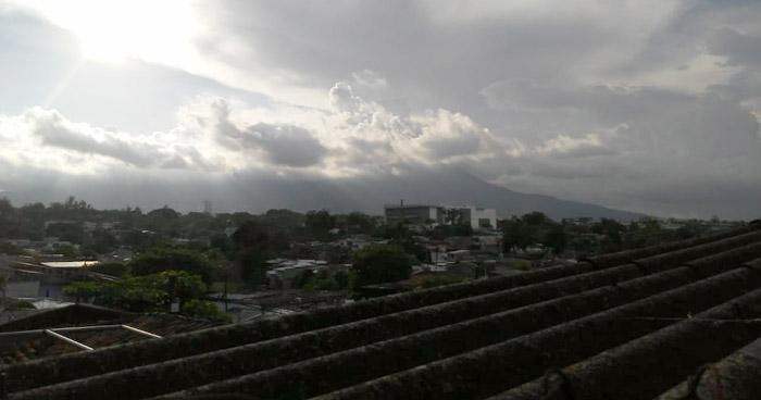 Continuarán lluvias con actividad eléctrica que transitarán del Oeste hacia el Este del país