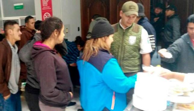 Rescatan a 60 salvadoreños que viajaban en el compartimento para maletas de un bus rumbo a EEUU