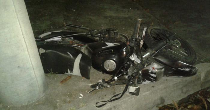 Motociclista pierde la vida tras chocar en bulevar Costa del Sol