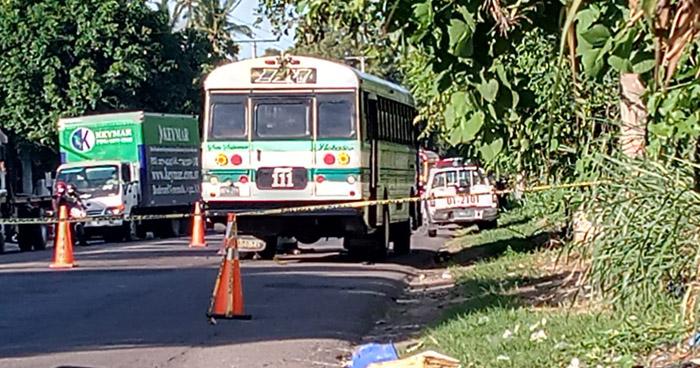 Hombre muere al ser arrollado por motorista de la Ruta 111