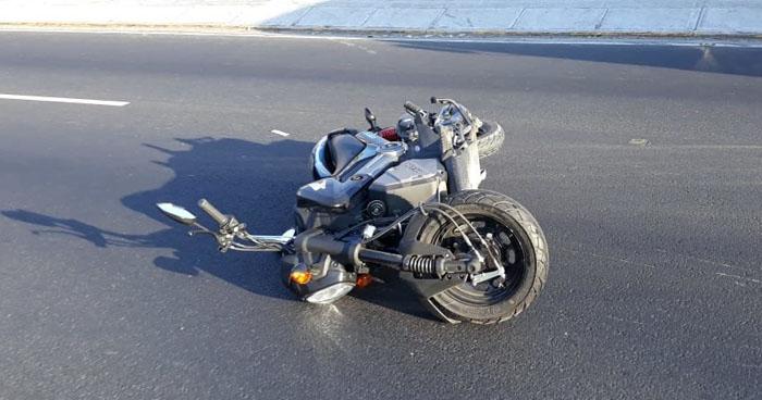 Motociclista pierde la vida tras ser arrollado en carretera Ruta Militar