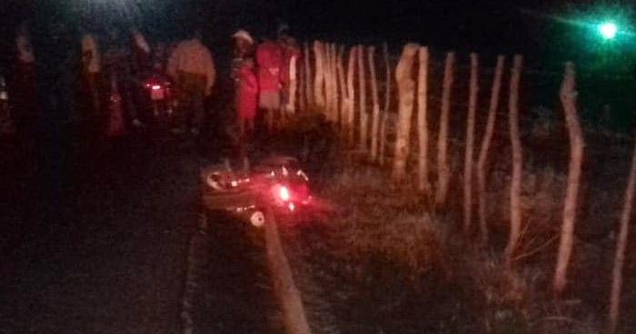 Motociclista falleció tras chocar con un cerco en Zacatecoluca