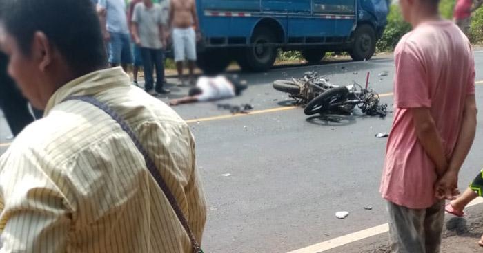 Motociclista muerto y otro lesionado tras accidente en carretera de Sonsonate
