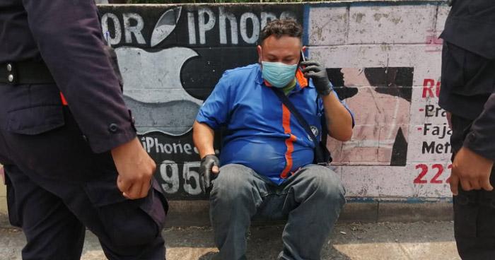 Motorista de Ruta 42 conducía ebrio y provoca choque en San Salvador
