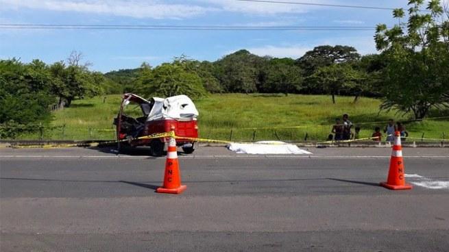 Mototaxista muere tras ser embestido por una rastra en Pasaquina