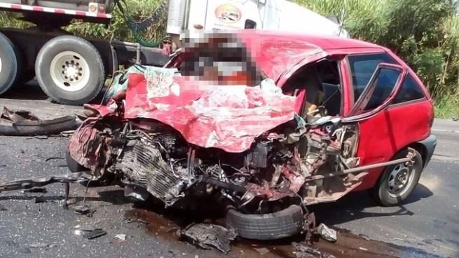 Muere ingeniero de FOVIAL tras aparatoso accidente de tránsito en San Vicente