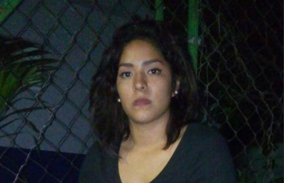 Capturan a mujer quien transportaba un arma para presunto pandillero
