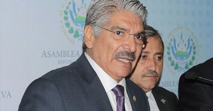 Norman Quijano dejó endeudada a la Asamblea Legislativa, por contrataciones y aumentos de salarios