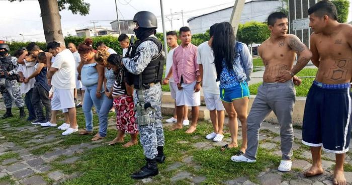 Operativo en diferentes puntos de San Salvador, deja más de 15 personas capturadas