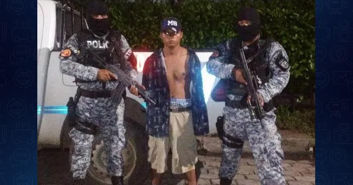 Privan de libertad a menores de edad e incautan un alijo de droga a un terrorista en La Libertad