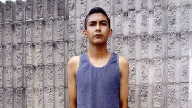 """Capturan al """"Chiky"""" peligroso pandillero que ordeno desalojos de casas en Las Margaritas, Soyapango"""