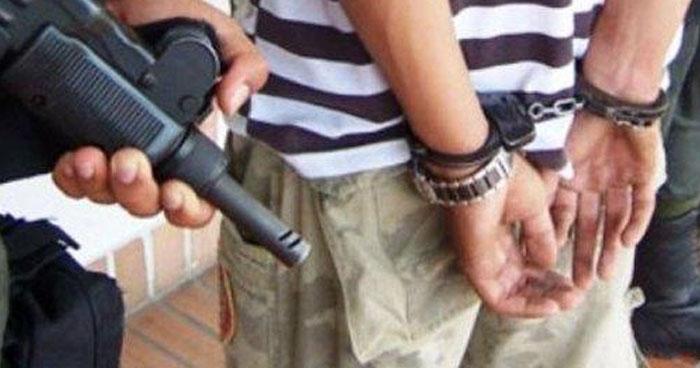 Entrenador de fútbol abusó sexualmente a dos niños, uno de 8 y otro de 13 años de edad