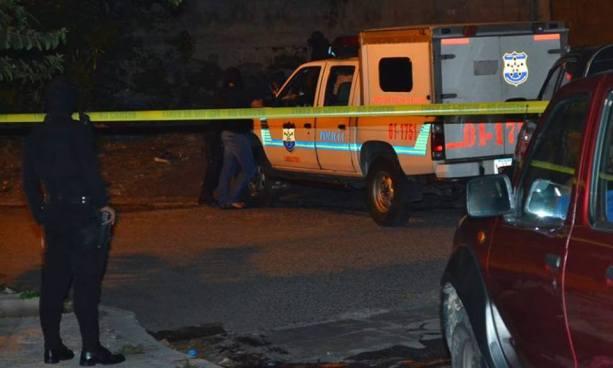 Asesinan de varios disparos en la cabeza a pandillero en Santa Ana
