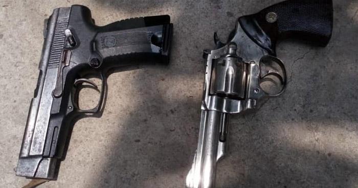 Incautan armas y droga a dos pandilleros que operaban en Ahuachapan