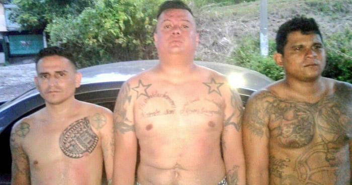 Capturados cuando asaltaba en aldea de Santa Ana