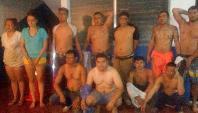 Capturan a pandilleros en hotel de la Playa El Tunco, entre ellos el homicida de un agente de la PNC