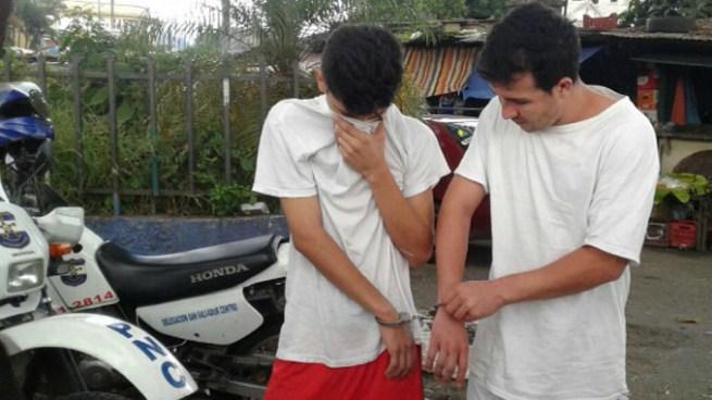 Capturan a dos pandilleros buscados por homicidio durante operativo en el Mercado Central