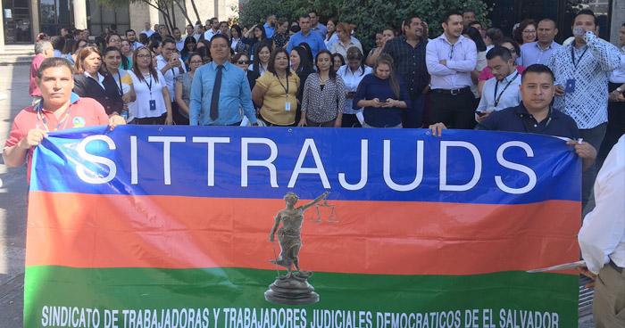 Paran labores en el Centro Judicial Isidro Menéndez