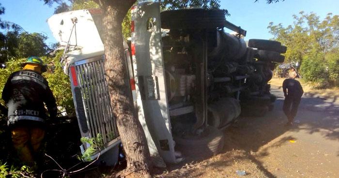 Un fallecido tras grave accidente de tránsito en carretera de Pasaquina La Unión