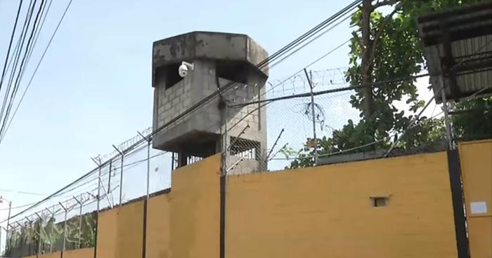 Empresas de telefonías serán multadas si no cumplen con el bloqueo de señal en Centros Penales