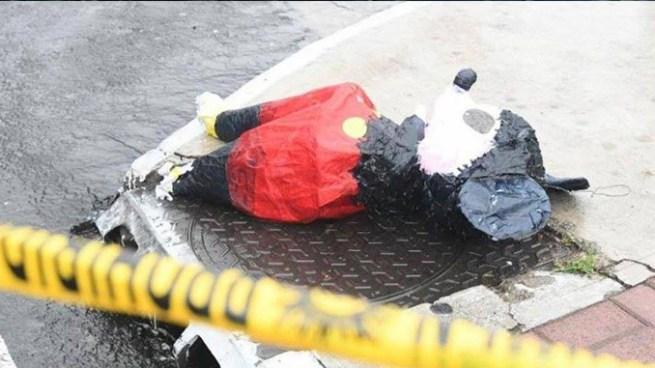 Piñata fue usada para esconder un fusil AK-47 que mató a tres personas en Guatemala