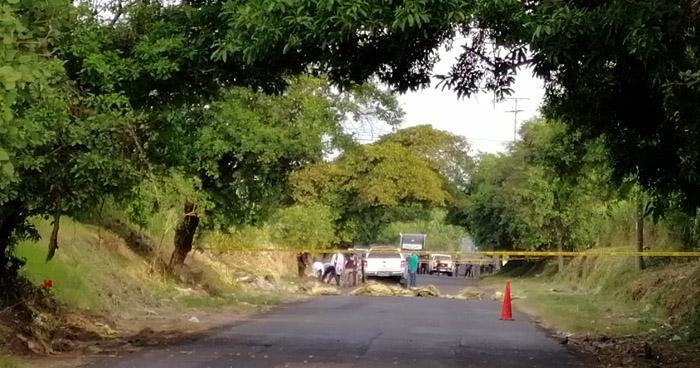 Encuentran a 2 mujeres asesinadas, atadas de manos y estranguladas en calle a Mariona