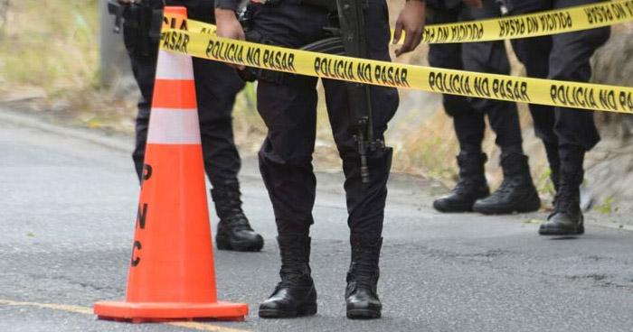 Agente de la PNC muere ahogado en la playa Costa del Sol, La Paz