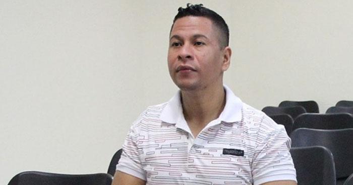 40 años de cárcel a exagente de la PNC por asesinar a su esposa