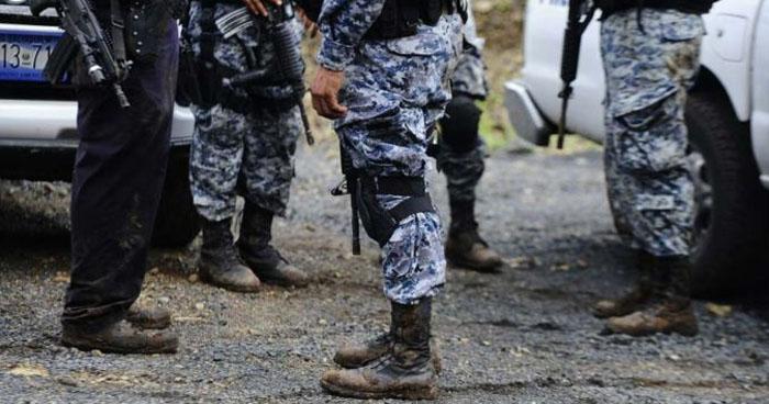 Aprueban orientar $2.8 millones para uniformar a policías y miembros de la Fuerza Armada