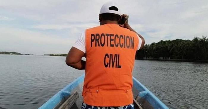 Buscan cadáver de tesorero de Alcaldía de San Pedro Puxtla que se ahogó en la Barra de Santiago