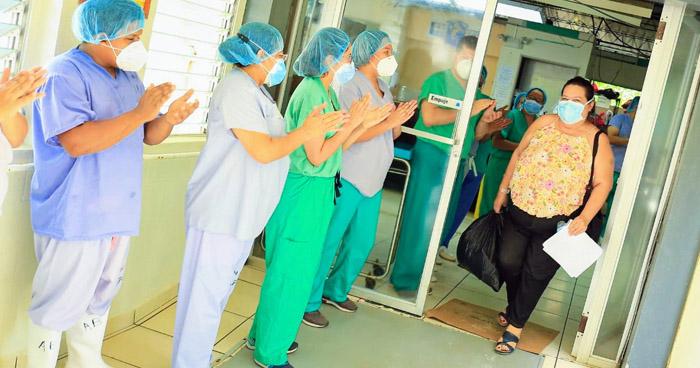 Más de 20 pacientes reciben el alta tras vencer el COVID-19