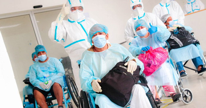 24 pacientes recuperados de COVID-19 recibieron este jueves el alta médica