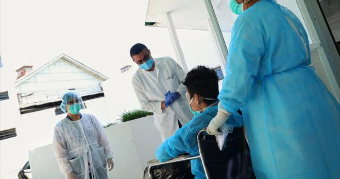 Cuatro recuperados de COVID-19 reciben el alta del Hospital Rosales y Hospital de Ahuachapán