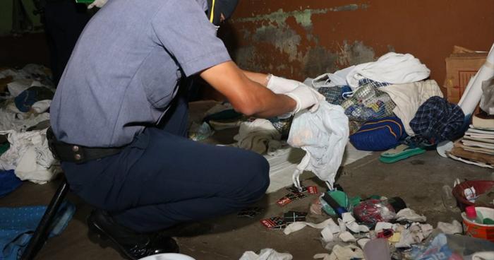 """Requisan celdas del Penal de Sonsonate y eliminan plásticos para evitar fabricación de """"wilas"""""""