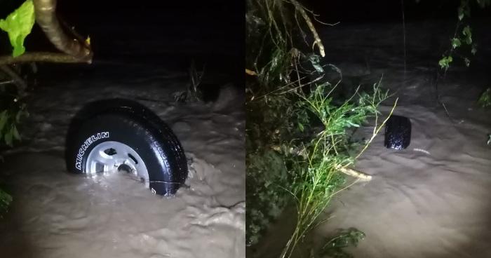 3 fallecidos luego que vehículo fuera arrastrado por la corriente de un río en Chalatenango