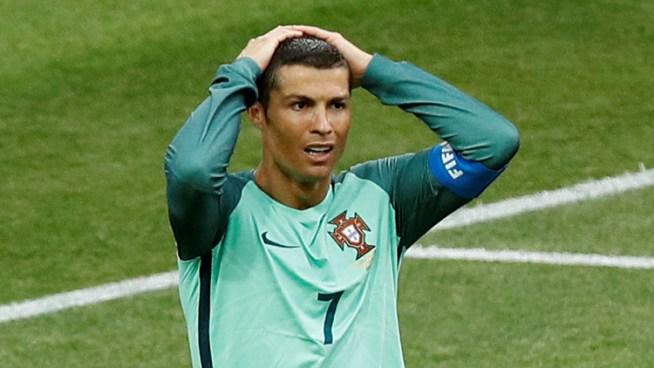 Denuncian a Cristiano Ronaldo de haber falsificado un documento para su defensa