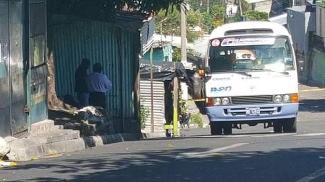 Ruta 20 en paro de labores por amenazas de pandillas