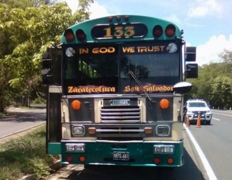 Capturan a pandillero luego de asesinar a un hombre al interior de un bus de la Ruta 133