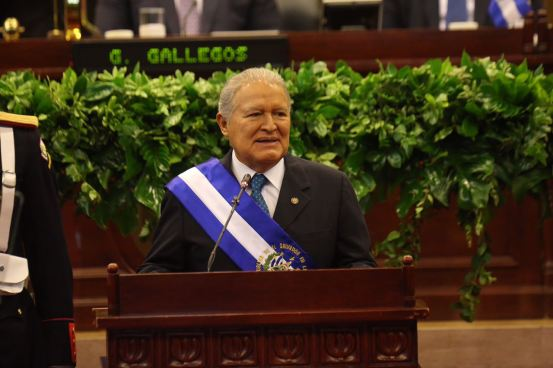 Salvador Sánchez Cerén el Presidente peor calificado en los últimos 30 años