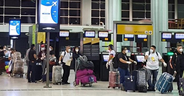 Retorna 79 salvadoreños que permanecía varados en Brasil