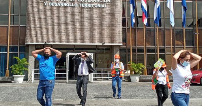 Realizan 5° Simulacro Nacional para medir reacción ante sismo