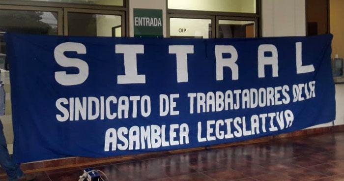 Sindicato de la Asamblea Legislativa en paro de labores
