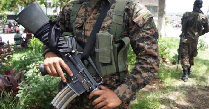 Muere soldado que fue atacado en barrio San Miguelito de San Salvador