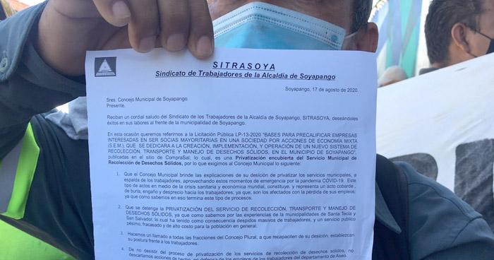 Sindicalistas exigen la no privatización del servicio de desechos sólidos de Soyapango