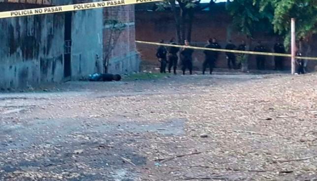 Esta tarde, un joven fue asesinado a balazos en el reparto Guadalupe de Soyapango