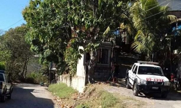 Cobrador de la ruta 125 se suicida cerca del punto de buses en Chalatenango