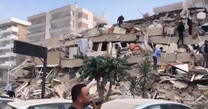 Sube a 26 la cifra de fallecidos tras terremoto que sacudió ayer a Turquía