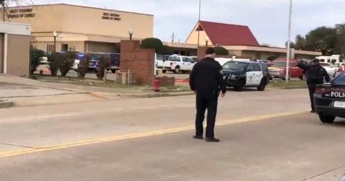Dos muertos y un menor herido tras tiroteo en universidad Texas