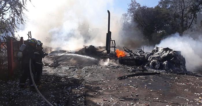 Trailer que transportaba pirotecnia se incendió en Pasaquina, La Unión